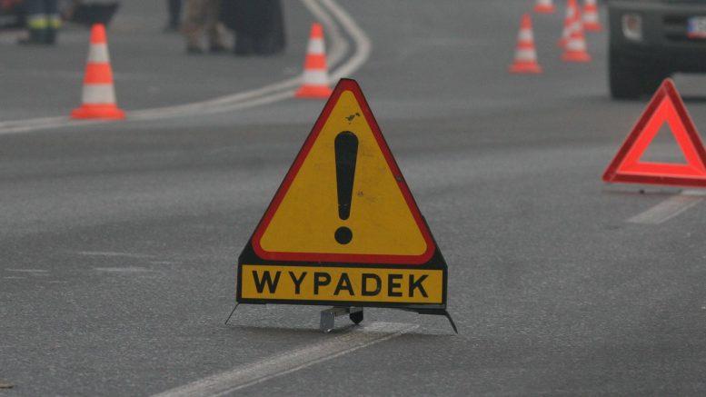 Wypadek podczas skrętu w lewo