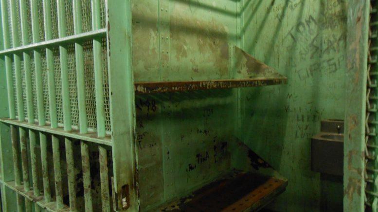 więzieniu
